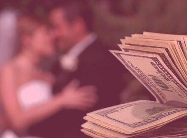 Сколько денег в среднем уходит на свадьбу